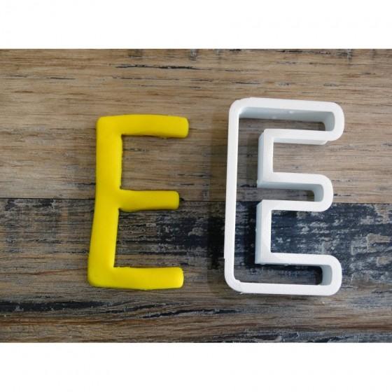 lettre de l'alphabet E -...