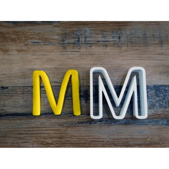 lettre de l'alphabet M -...